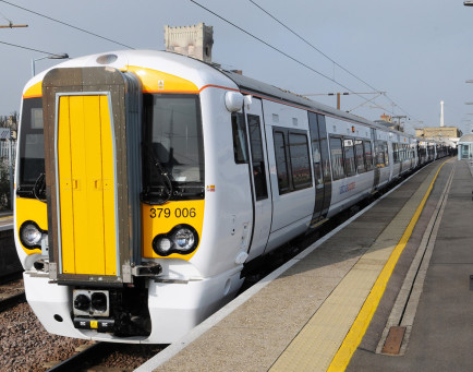 New Stansted Express Train Fleet Launches Onboard Internet Solution from Icomera