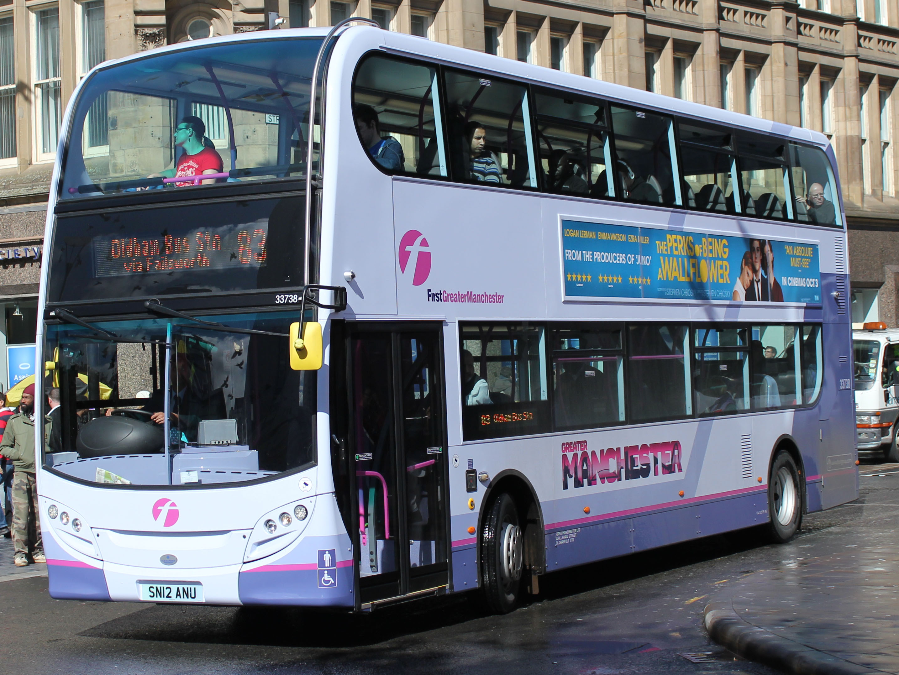 FirstGroup announces £77.7M investment in 385 new buses