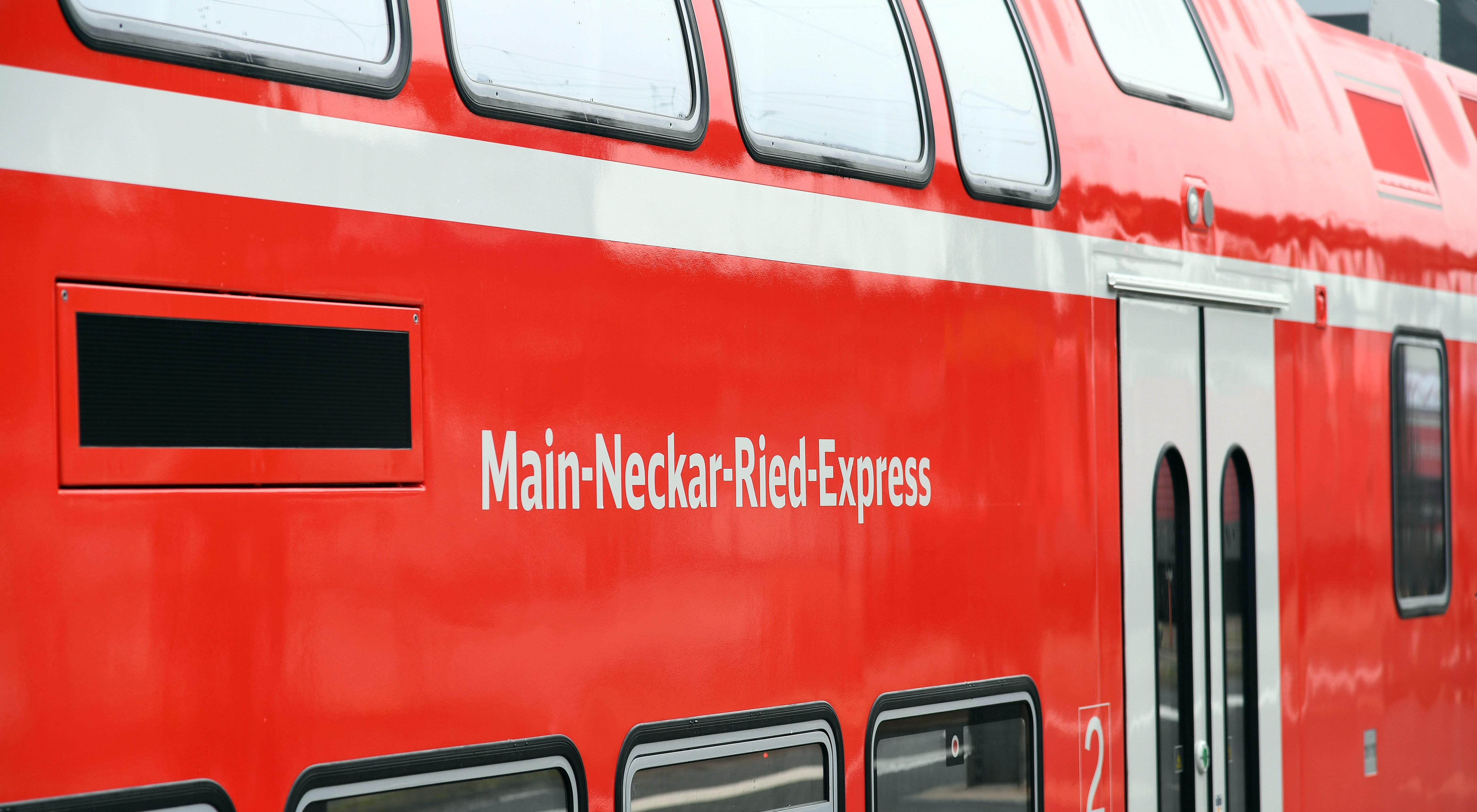 Deutsche Bahn continues deployment of Passenger Wi-Fi on its regional trains using Icomera Technology