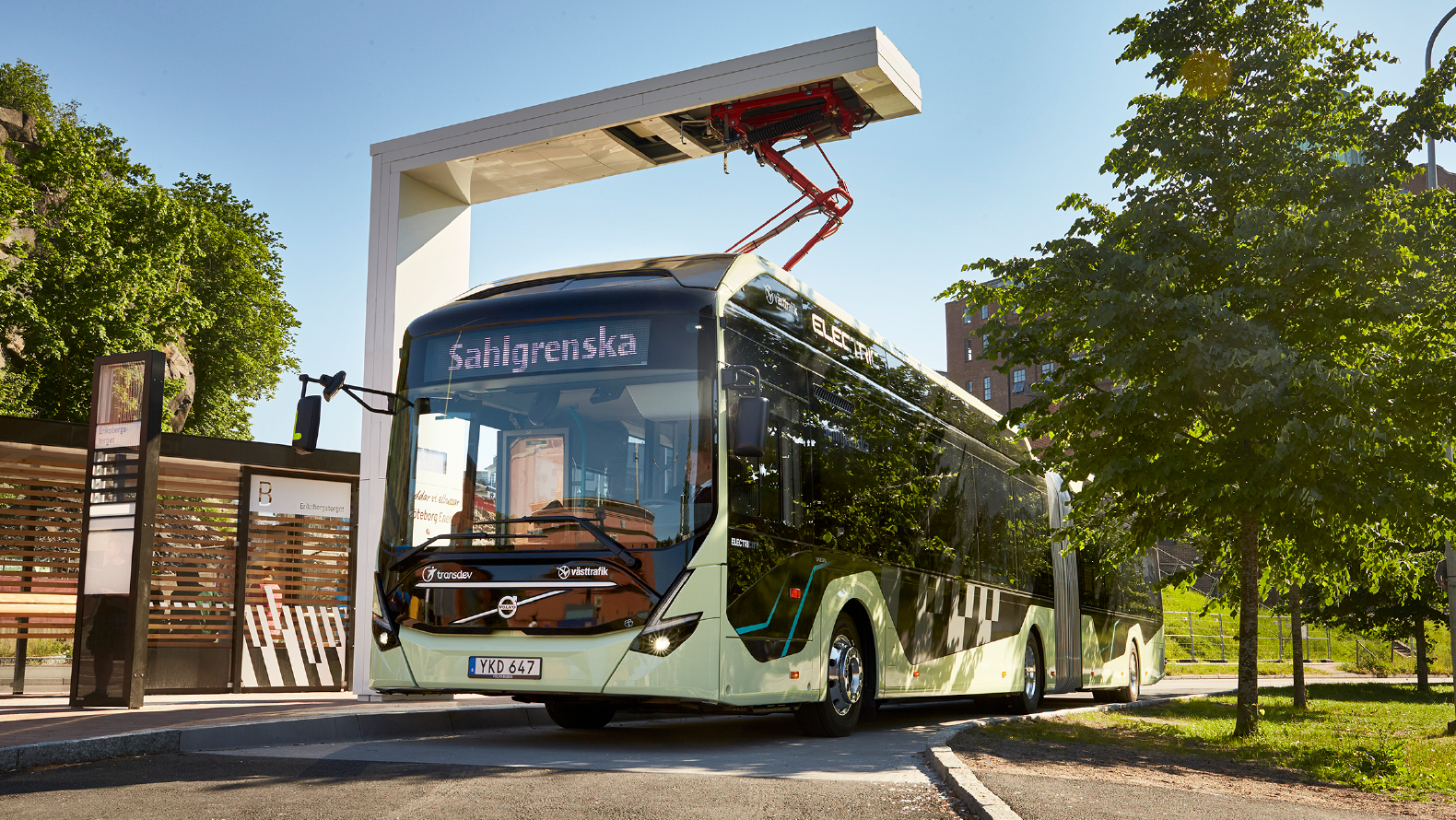 The Volvo Ocean Race marks the launch of new electric-powered buses in Gothenburg