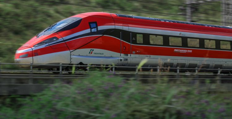 Trenitalia Deploying Latest Icomera Passenger Wi-Fi Technology on High-Speed Frecciarossa Fleets